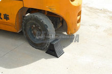 Low Price Products Rubber Bumper Wheel Chock