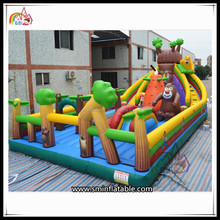 Most Popular Bear Cartoon Inflatable Fun City Amusement Park For Kids Games Sale on China