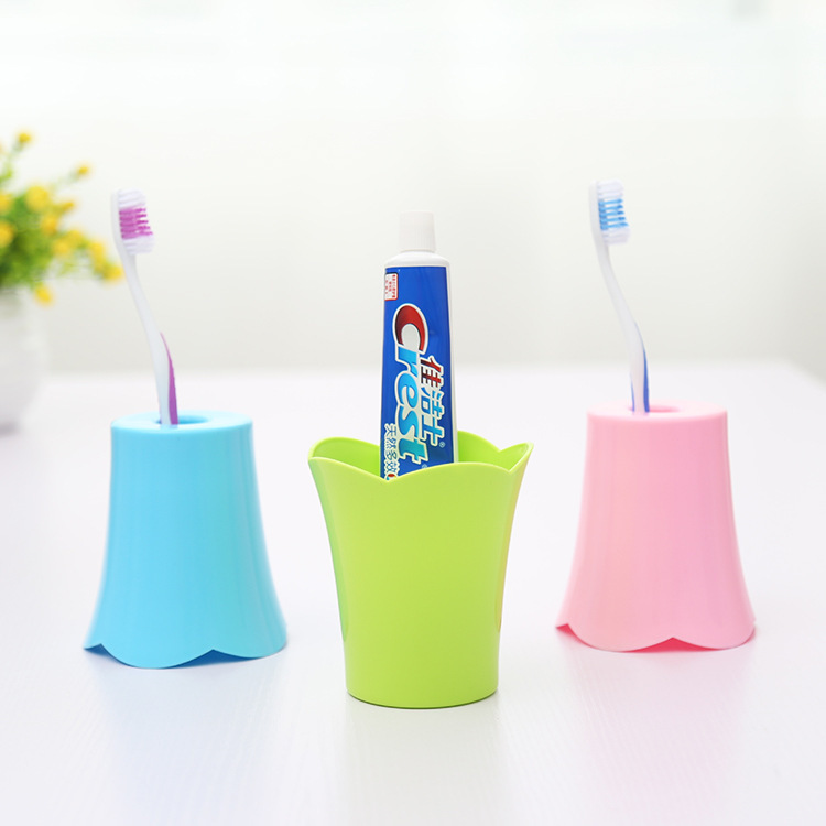 J352 Colorful plastic cup fashion portable couples mug plastic tooth brush cup
