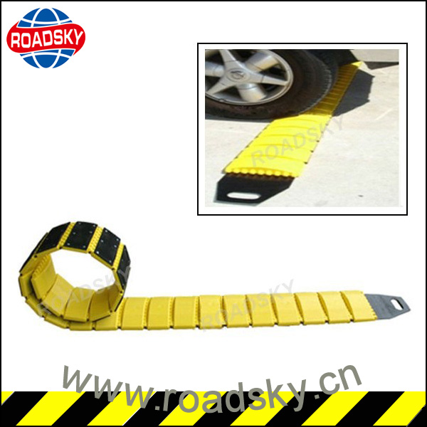 Road Portable Rolling Out Temporary Speed Bumps