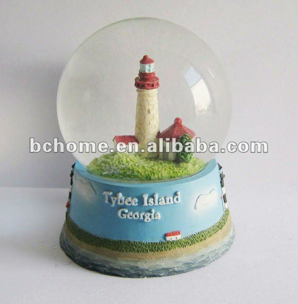 Light house snow globes