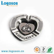 2016 hot items cheap custom design antique metal souvenir ashtray