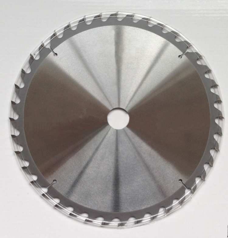 cemented carbide serrated saw blade for steel