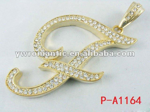 2012 fashion alphabet pendant