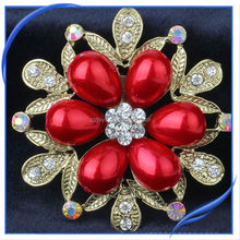 wholesale crystal queen antique pearl brooch for wedding