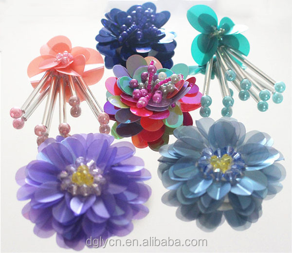 Low cost garment accessory handmade sequin flowers