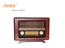 Portable vintage wooden retro radio with usb player