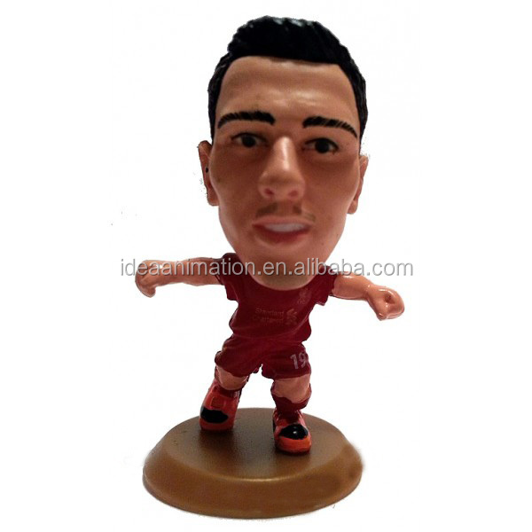 customize pvc and resin football player figurines