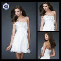Low Price Cute Short White Strapless Sweetheart Homecoming Dresses