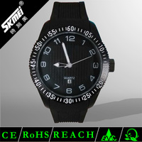 Top fashion quartz silicone men watch with Japan Mov't