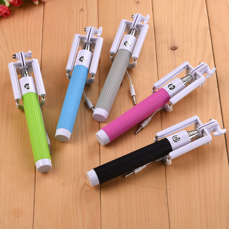 2015 Portable Selfie Stick Extendable Foldable All-in-One Self Portrait Monopod with Built-in Remote Shutter for iPhone 6/6 Plus