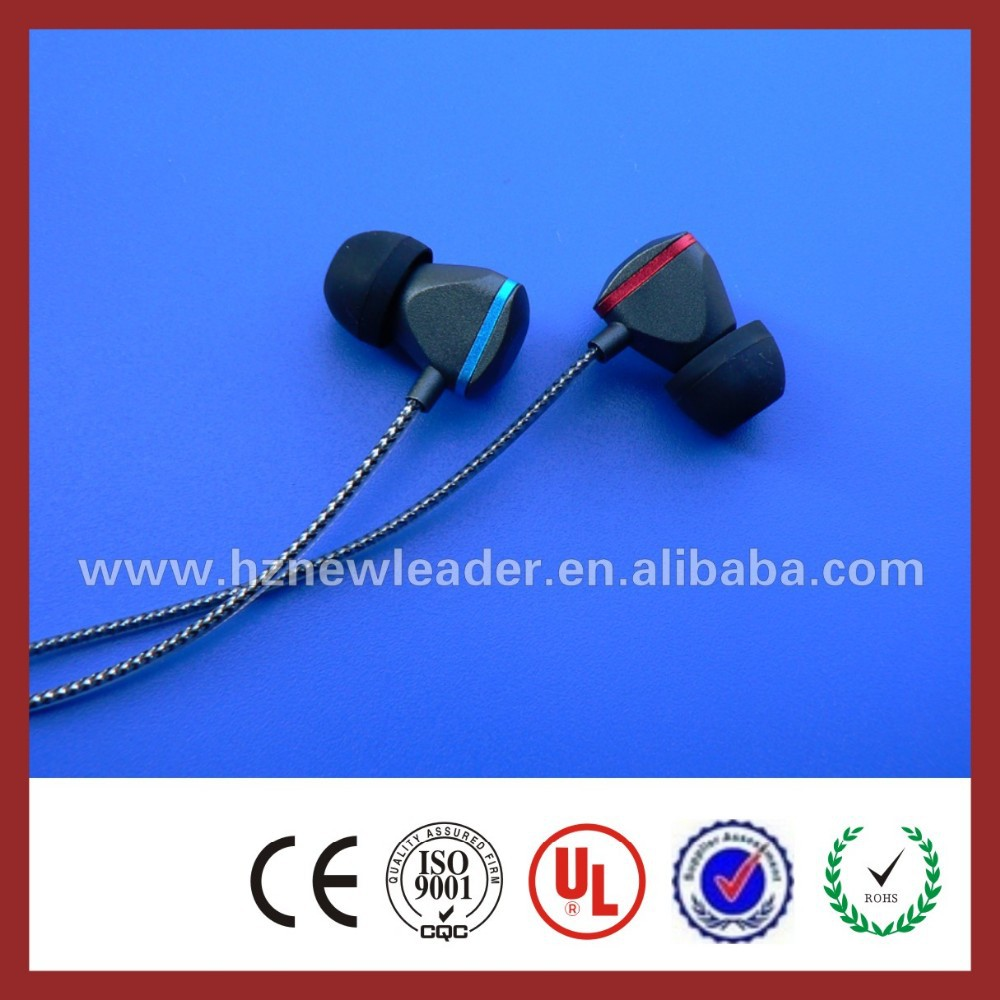 2015 new in-ear earphone with mic&Remote for iphone 6/5S,earphone with mic&Remote