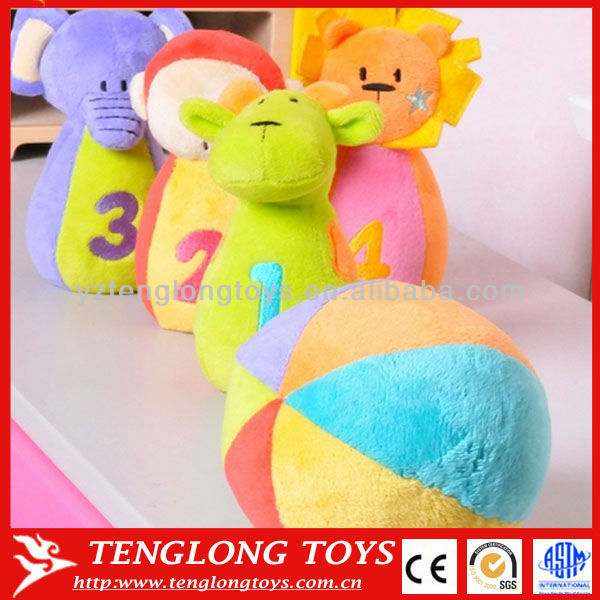 4 animal plush bottles and plush ball for preschool kids bowling game toy