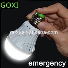 Portable e27/b22 5730 12w emergency rechargeable led bulb lamp for home