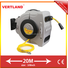 autoloaded air hose reel with connector for european
