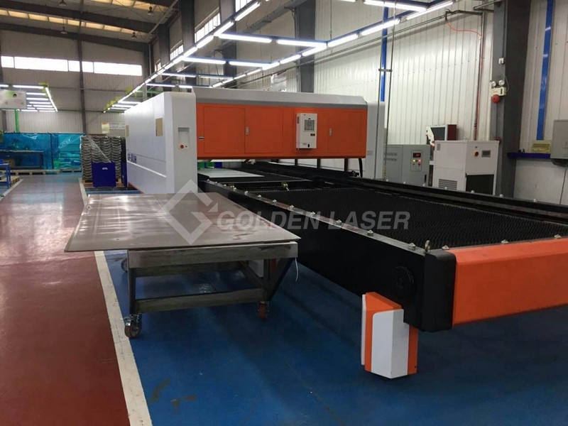 fiber laser cutting machine pallet changer