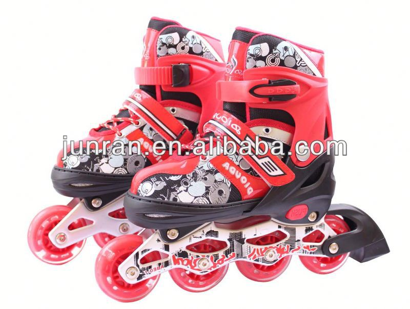 four wheel flashing roller skate shoes