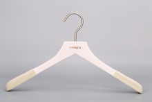 Eisho-betterall white color wooden clothes hanger with flocking