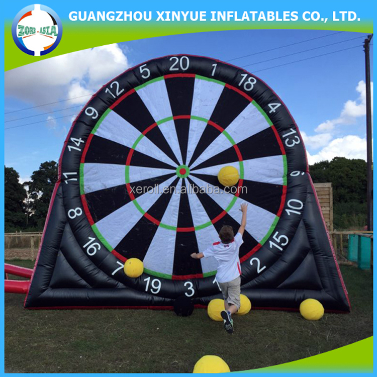 2017 hot sale inflatable velcro soccer darts board