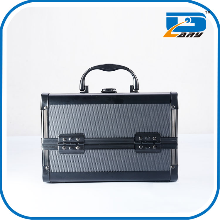 China wholesale customize antique cosmetic case