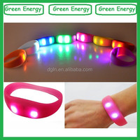 Motion actived led flashing bracelet/silicone vibrating wristband bracelet/motion sensor led silicon wristbands bracelets