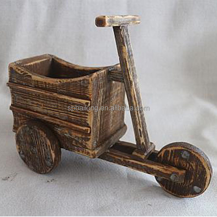 WOODEN CARVED CAR