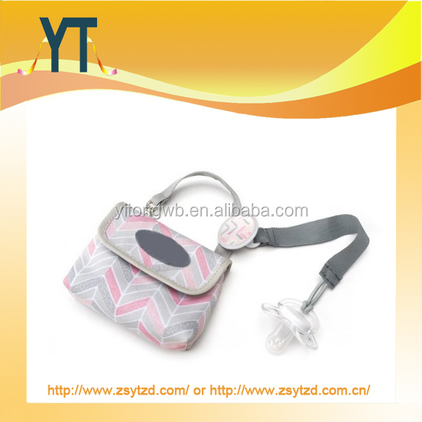 Wholesale funny Pacifier pouch and clip Sets,Pinky Pacifier Bag and Clip