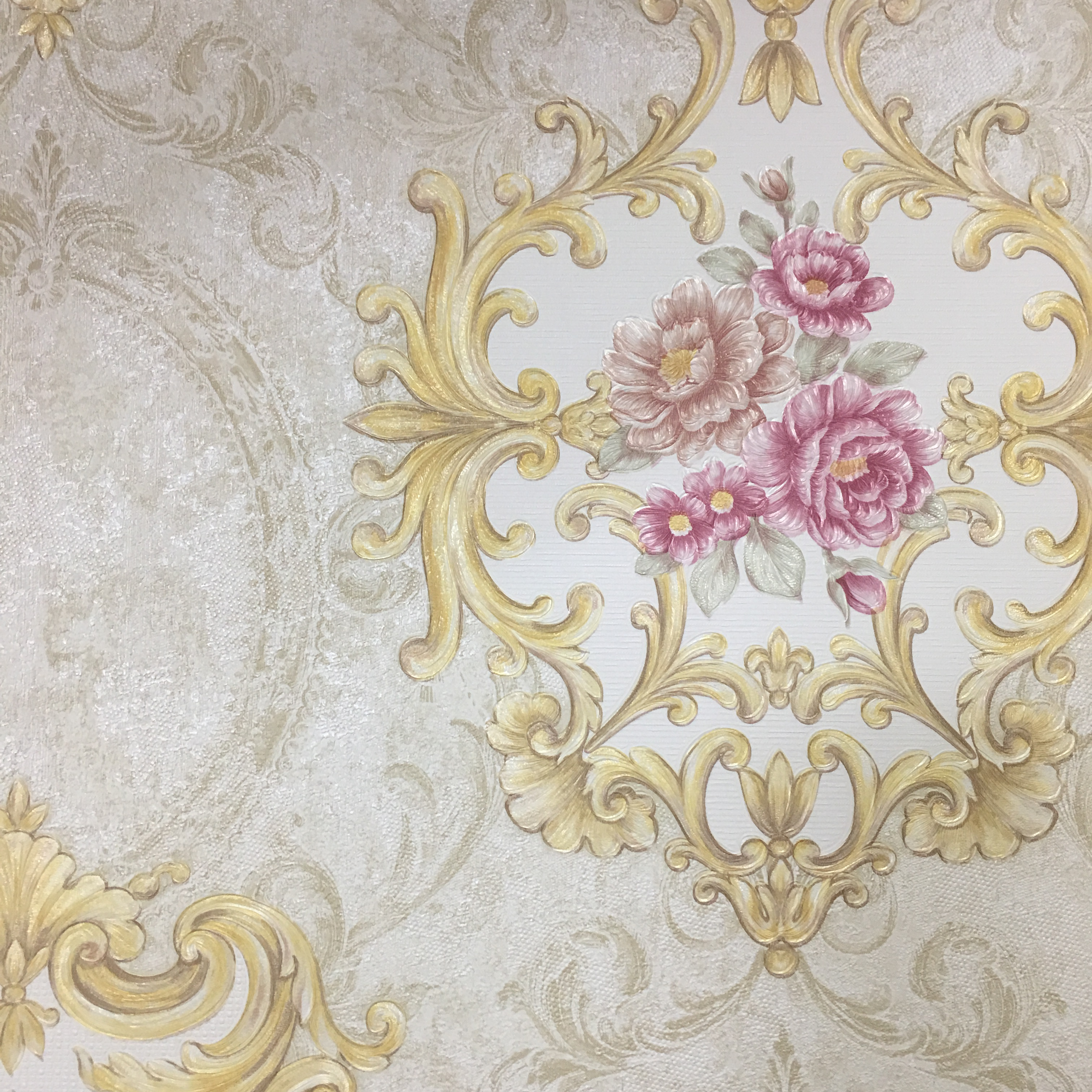 1.06 Stocklot Korea Size PVC Wallpaper Damask Design