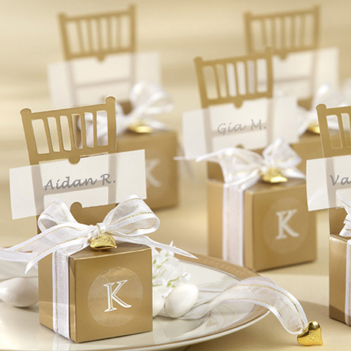 <strong>Wedding</strong> Supplies Miniature Gold Chair with Heart Charm and Ribbon Favor Box