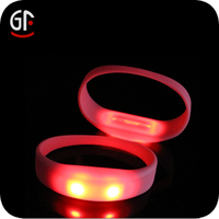 2015 Good Quality Products Silicone Bands Bracelets Glowing