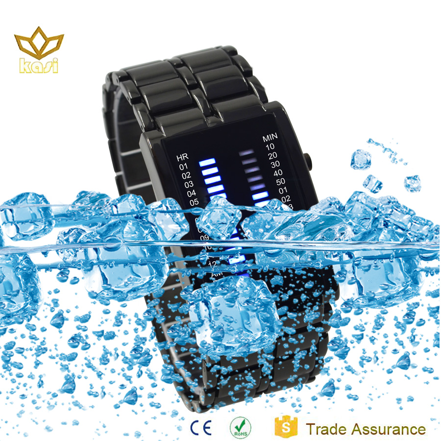 Hot selling waterproof digital watches name brand wholesale watches men business watch 7020