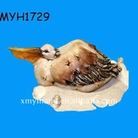 2012 new fashion nautical wood look resin resting pelican