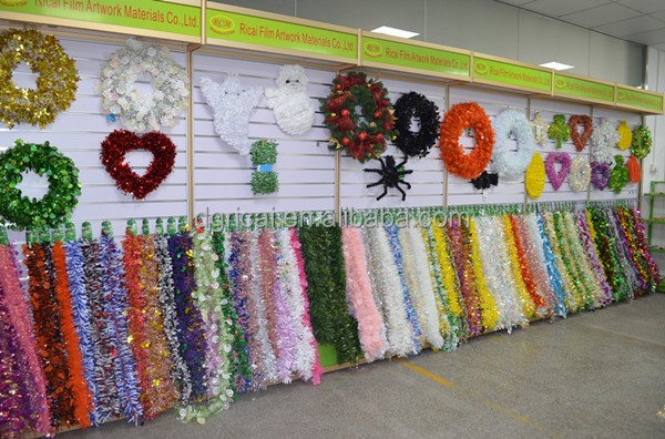 New Elegant Fushcia Rainbow PET/PVC/OPP Heart shape Tinsel Garland For Valentine's Day Decorations
