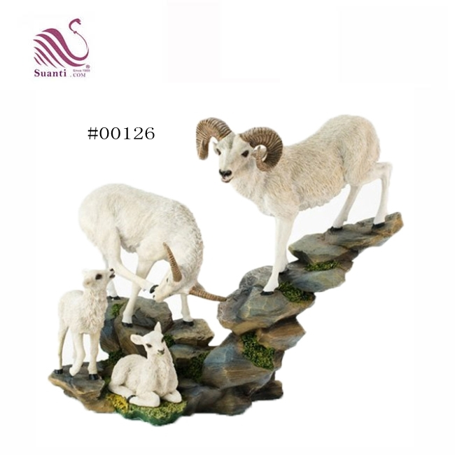2018 White Resin Crafts Animal Goat Statue for Home & Garden Decor