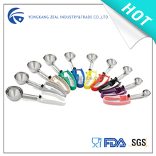 Zeal IS005C Korea handle plastic ice cream spoons small including all the size and sweeper