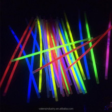 Factory Low Price LED Flashing Lighted Glow in the Dark Stick Bracelet/Wristband for Dark/Wedding/Bar Parties