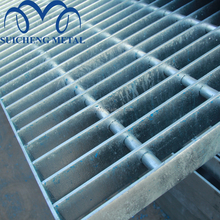 Guangzhou Factory Free Sample building materials q235 galvanized steel grating welded grating