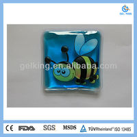 Square shape with bee picture heat gel pack