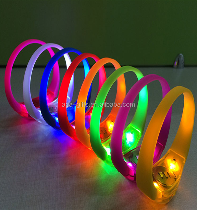 LED flashing sound activation bracelet silicone rfid remote controlled LED bracelet