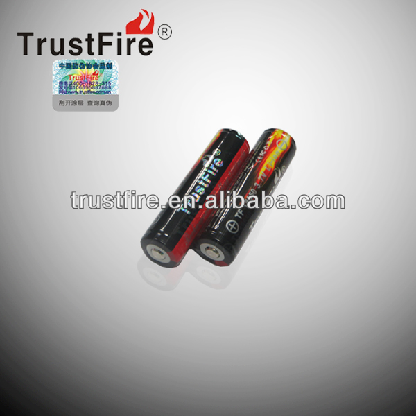 consumer electronic TrustFire original version 2400mah 3.7v 18650 thin lipo batteries with rechargeable battery pack