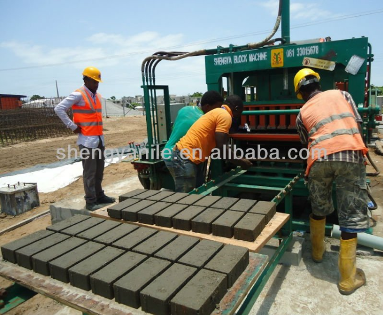 QT5-20 Concrete Paving Brick Making Machine/brick machine /concrete hollow block making machine price in Africa