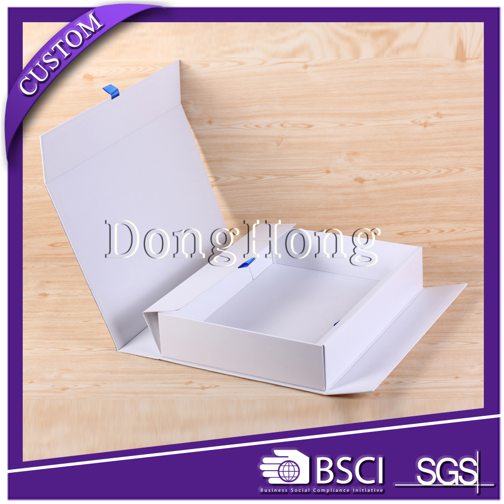 China wholesale luxury foldable white paper wine carrier for one wine bottle