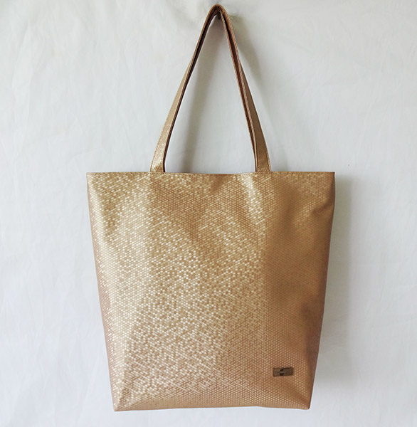 2014 China supplier yiwu football pattern pu leather handbags golden shopping bag hot selling tote bags