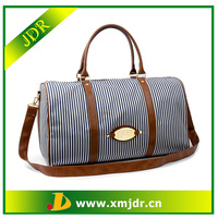 Wholesale Fashionable Stripe Travel Duffle Bag