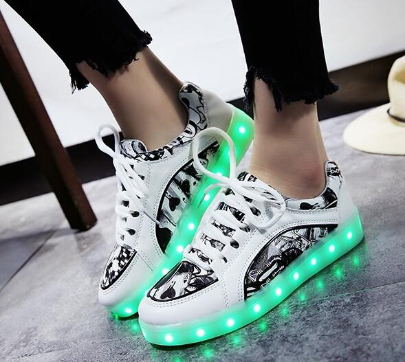High quality Women light up LED shoes sneakers