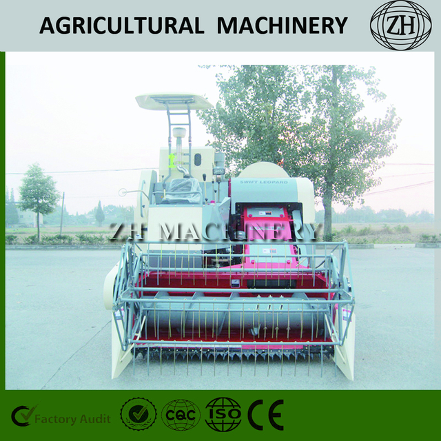 Agricultural Machinery Combine Harvester Cutting Wheat