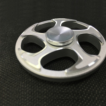 Hot SellingTop Quality Aluminum Finger Hand Circle Fidget Spinner Metal Spinning Tops