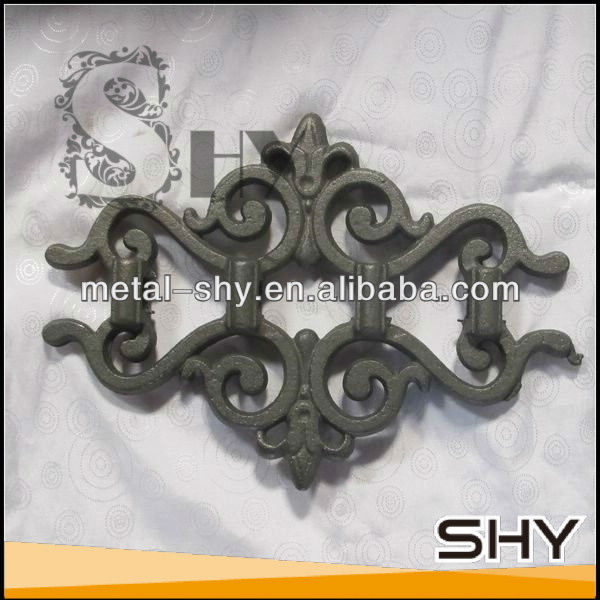 2013Top-selling Cast Iron Gate Ornaments