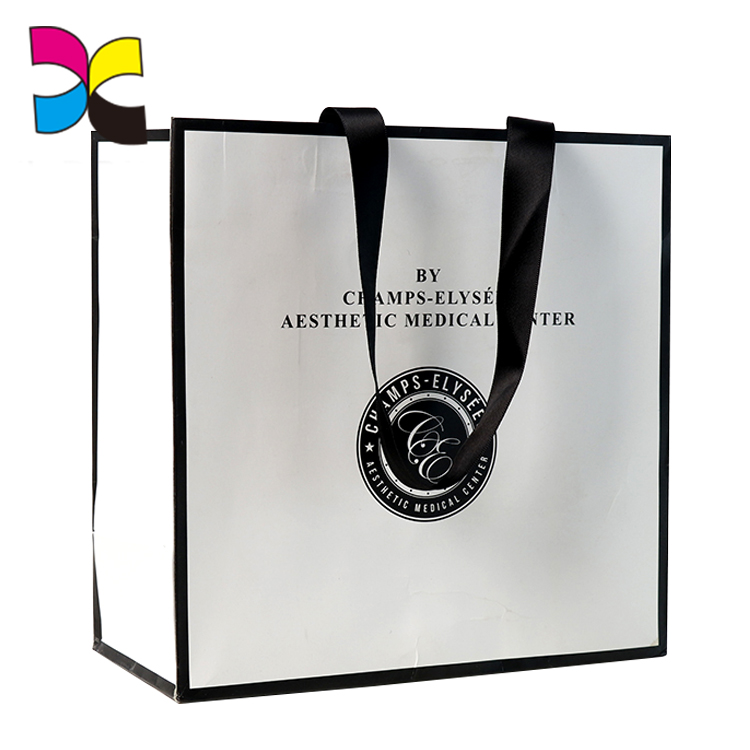 China Supplier Customized Beautiful Recyclable Kraft Paper Bag with Clear Window