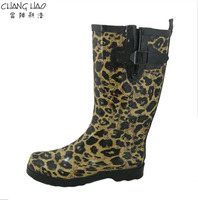 Women fashion rubber rain boot with black hasp and has leopard print